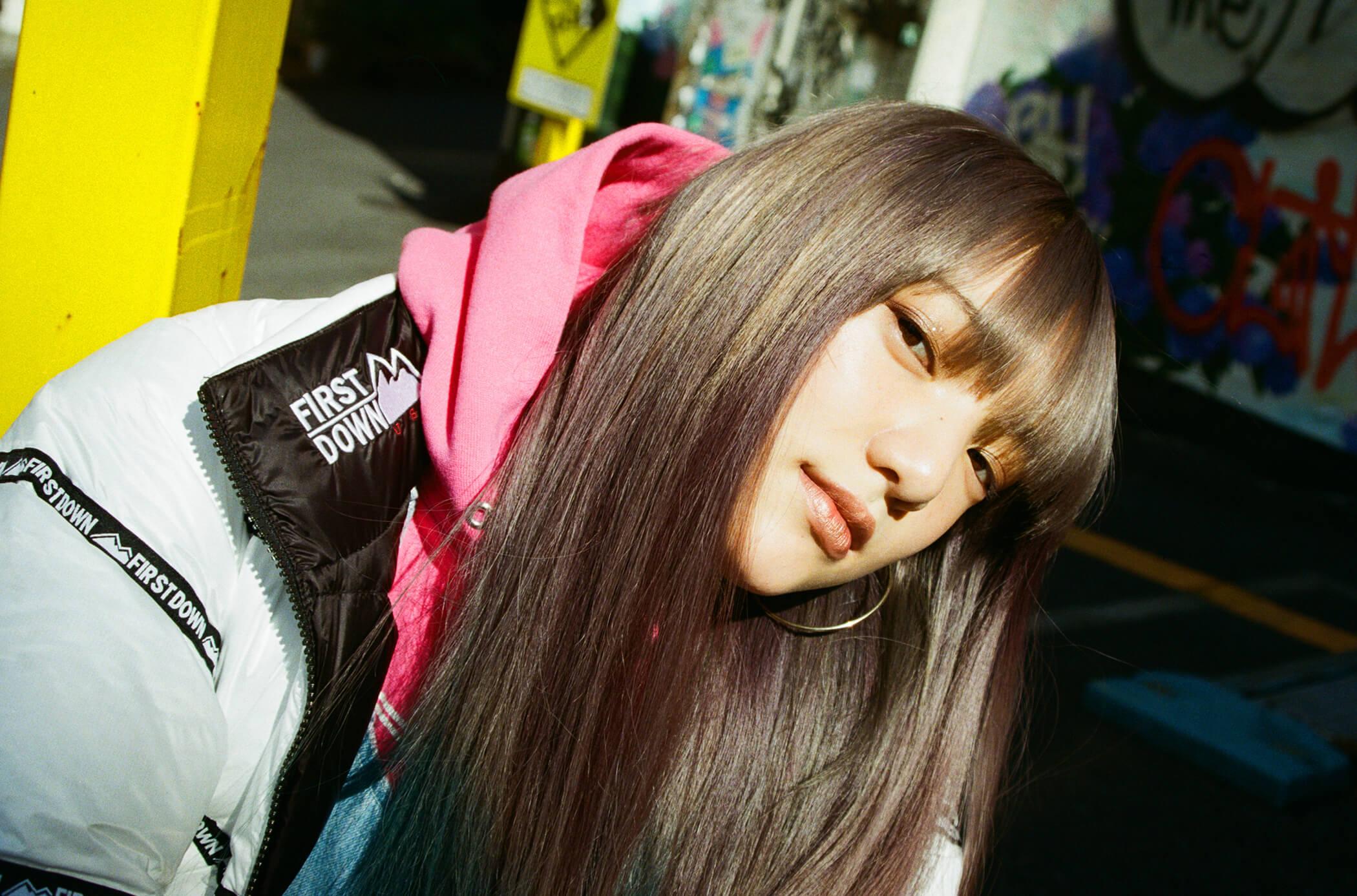 ファーストダウンと90年代。vol.02 須田アンナ / E-girls
