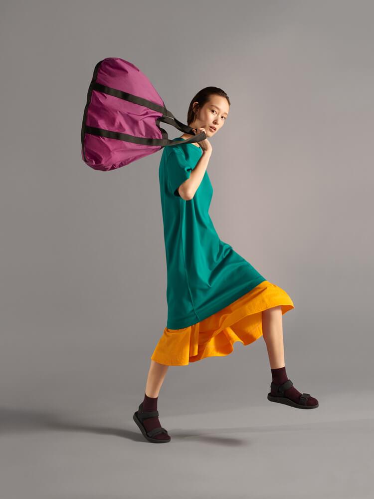 色彩溢れるUniqlo Uの19年春夏コレクション。クリストフ・ルメールが新しいベーシックを描きます。