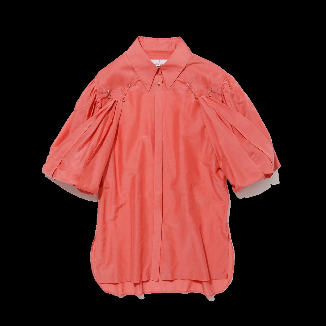 アキラナカのシャツ