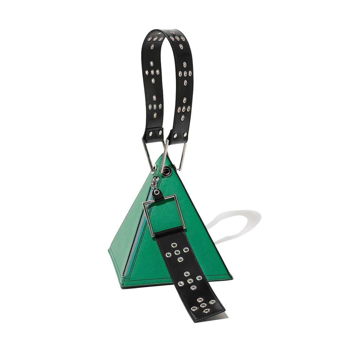 ユウキ ハシモトのピラミッドバッグ