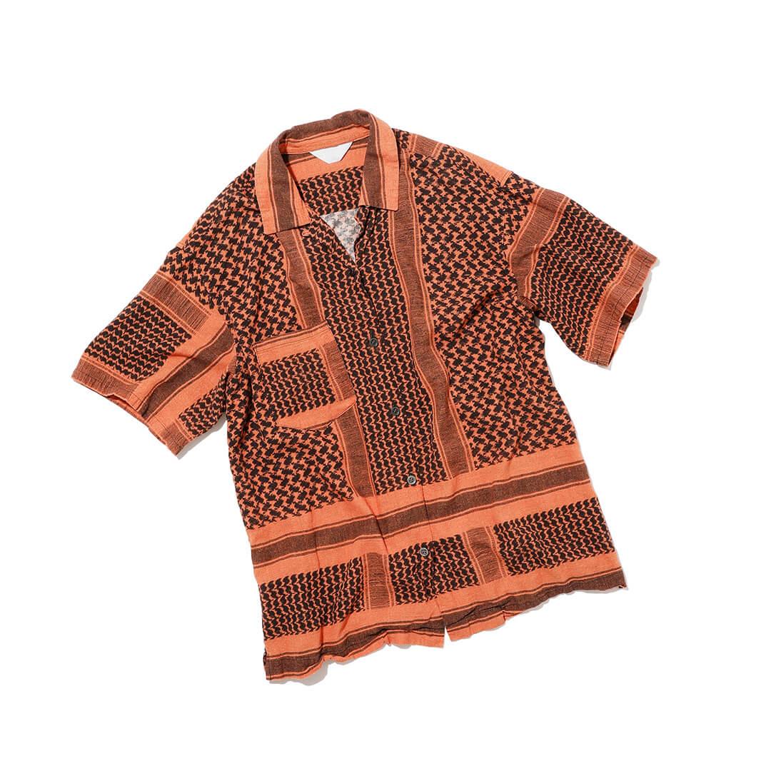 アンユーズドのアフガンプリントシャツ