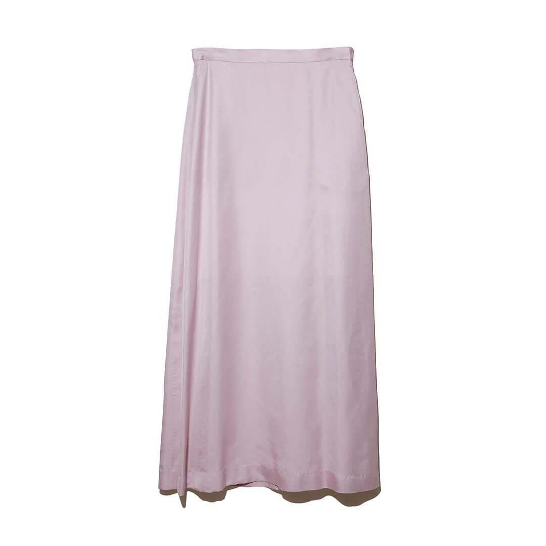 オーラリーのロングスカート