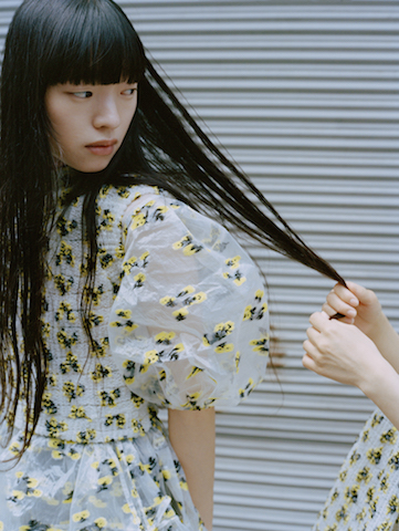 舞台は東京! CECILIE BAHNSENのフォトブック『Tokyo Trance』が「ドーバー ストリート マーケット ギンザ」にて無料配布されます。