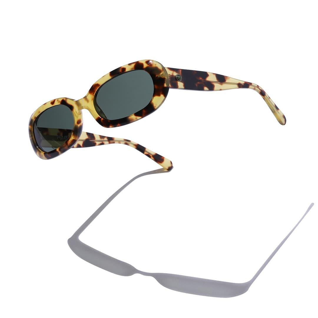 パム × ポムズのサングラス