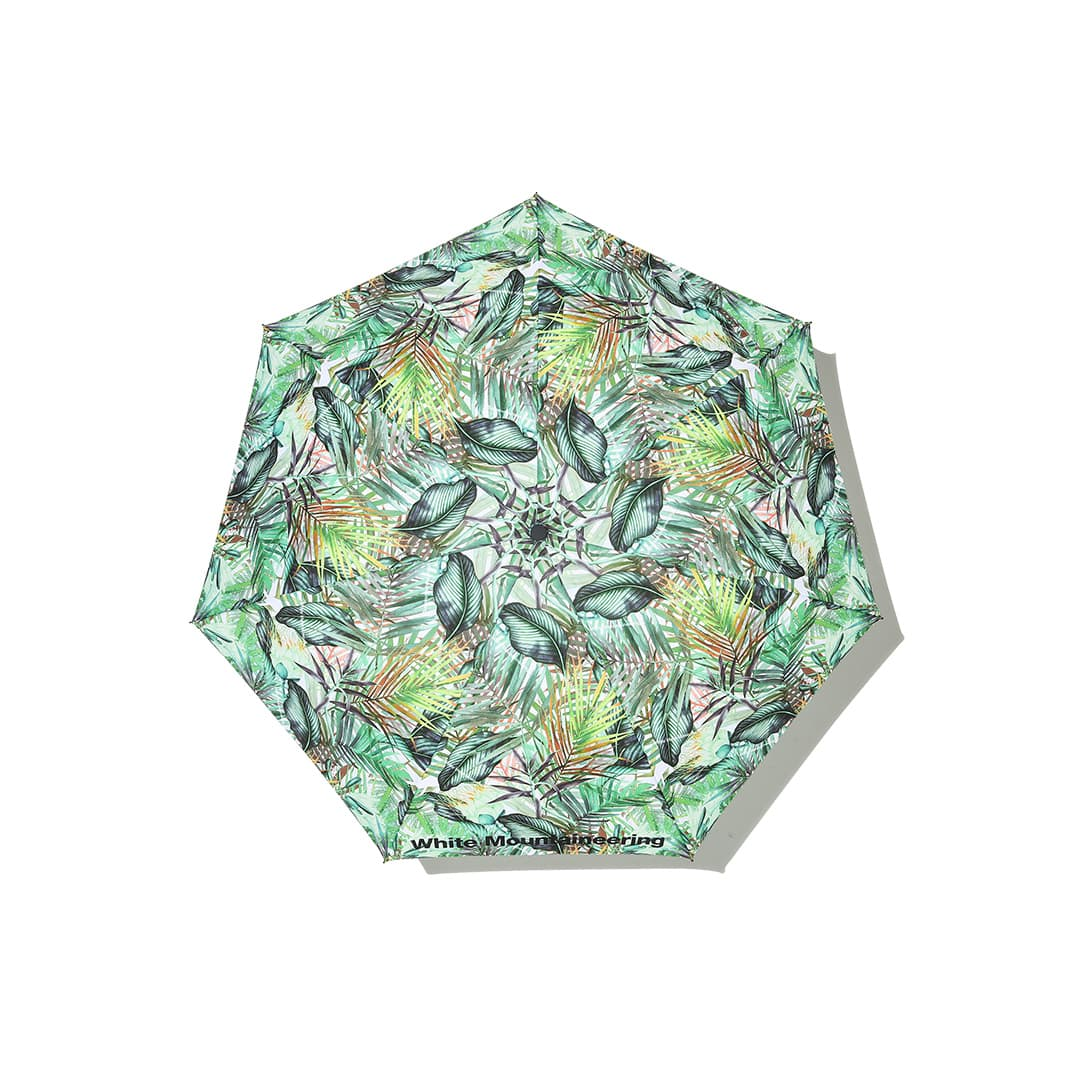 ホワイトマウンテニアリングの折りたたみ傘