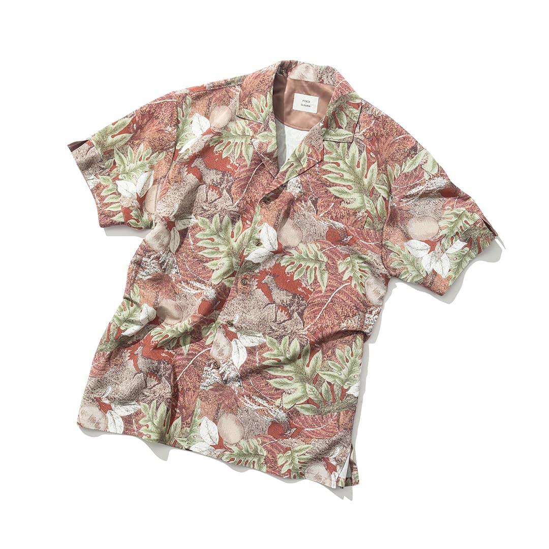 フミエタナカのシャツ