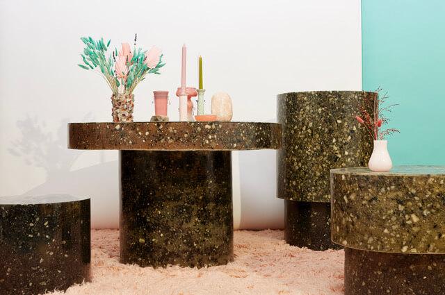 ストッキングでできたテーブル!? スウェーディッシュストッキングから初の家具が登場です。