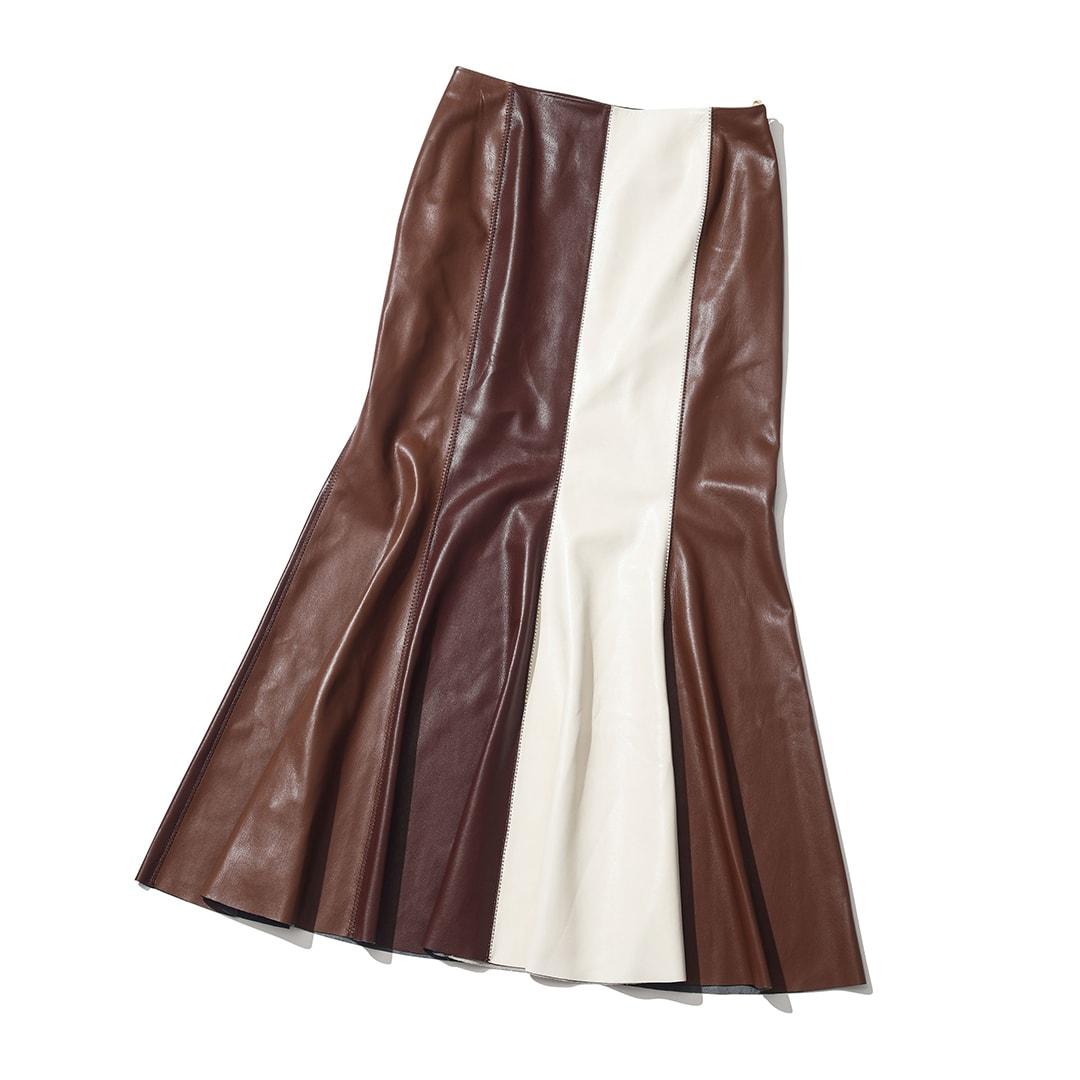 ナヌーシュカのスカート