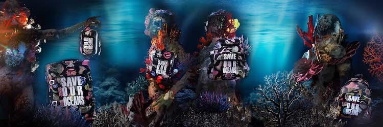 """Vivienne WestwoodとEASTPAKによるサスティナブルなコレクション。""""海""""が詰まった華やかなグラフィックに注目です。"""