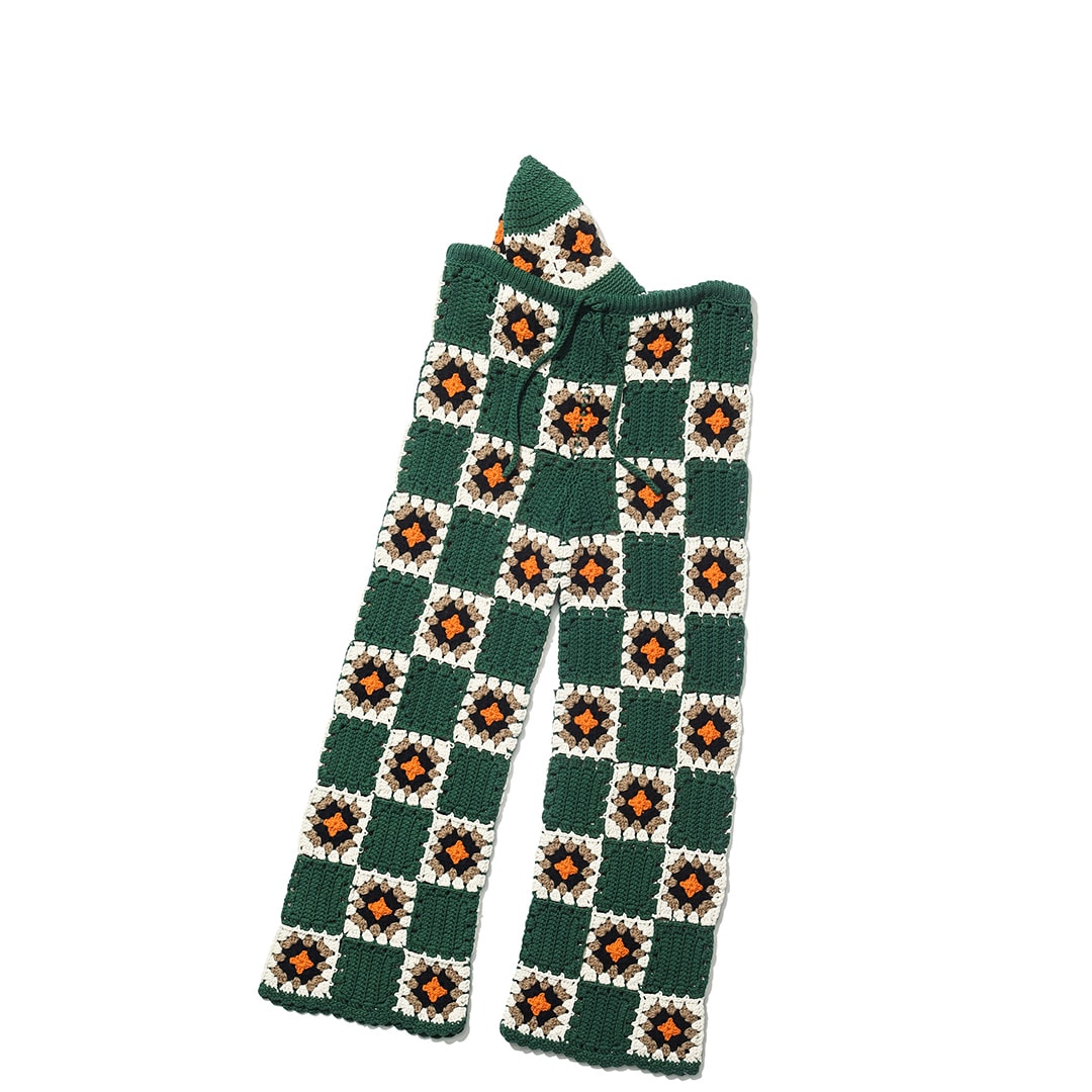 ホリデイのクロシェ編みハット&パンツ