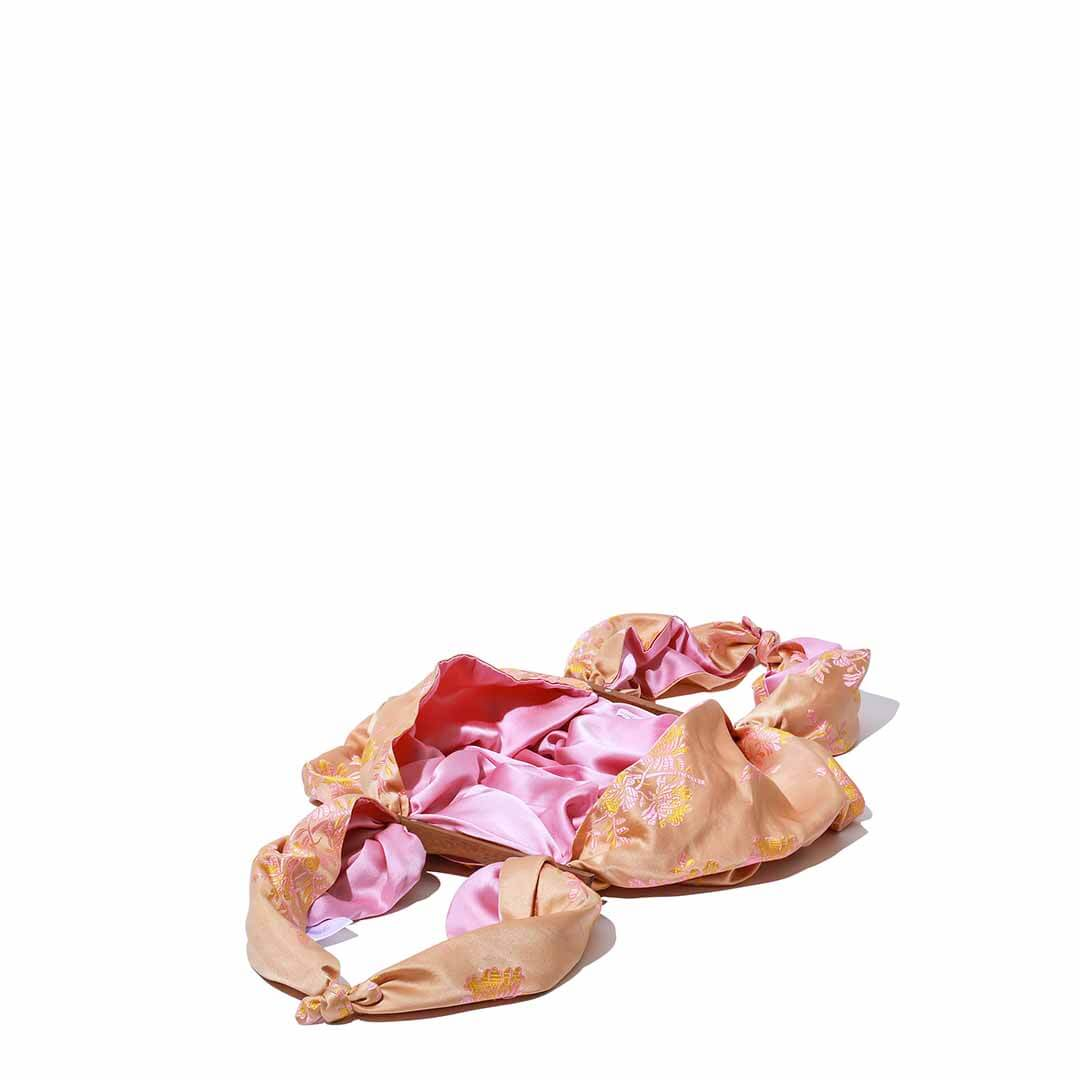 エミリー レヴィーンのバッグ