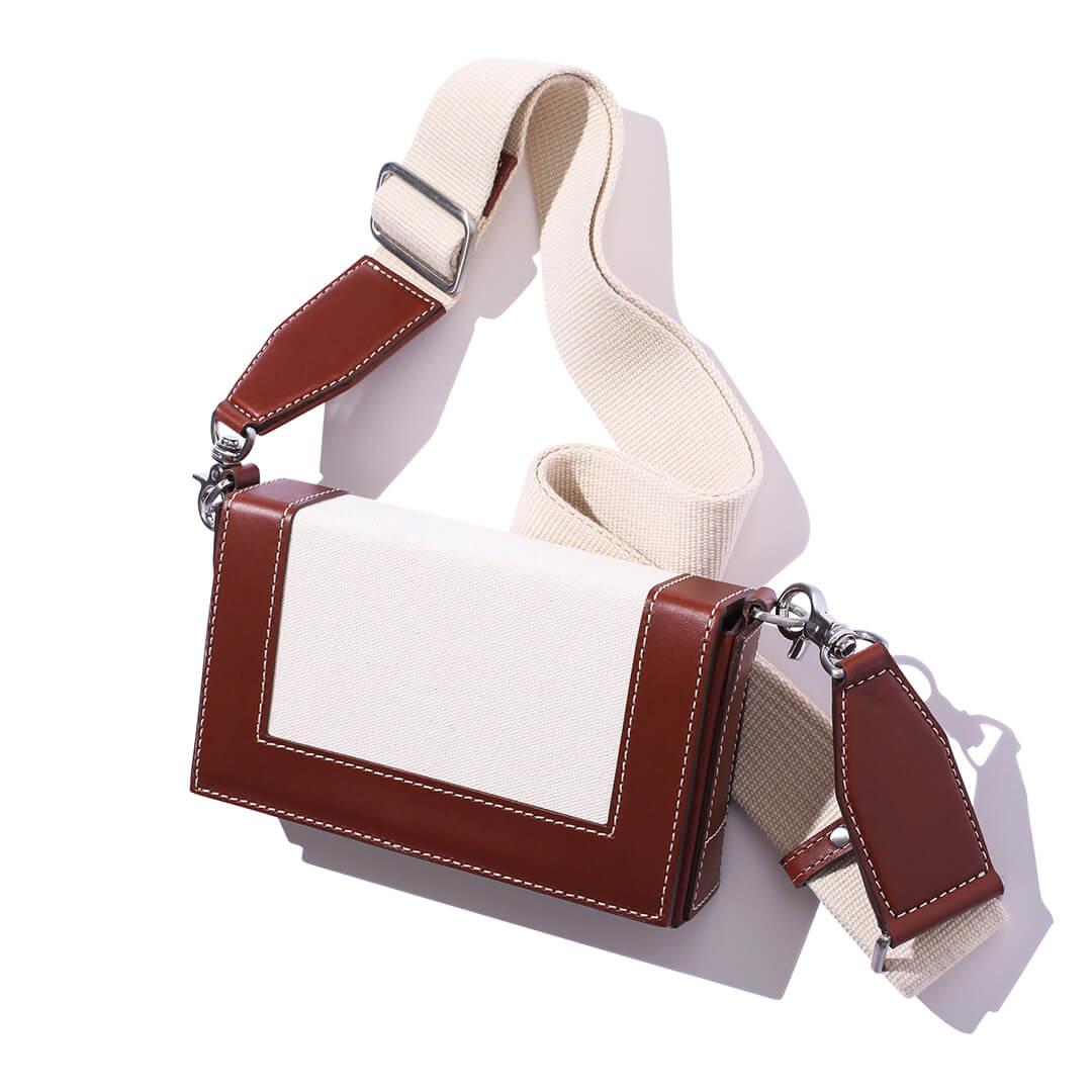 アミ アレクサンドル マテュッシのバッグ